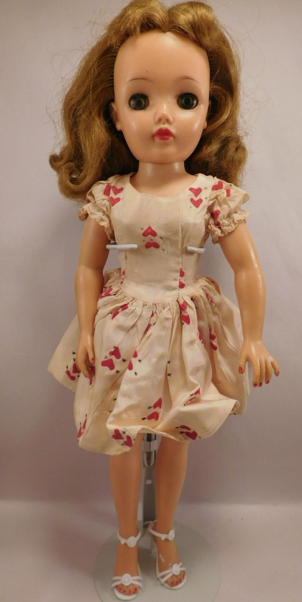 BONNET HEAD GERMAN DOLL