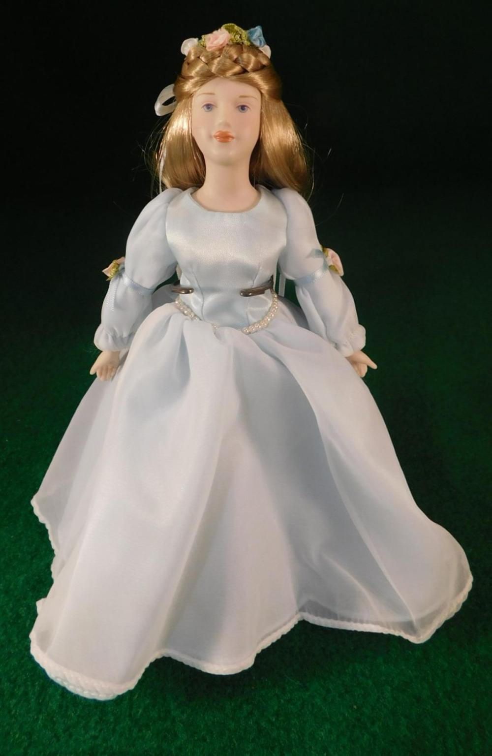 CINDERELLA DOLL (YES, WE SHIP!)