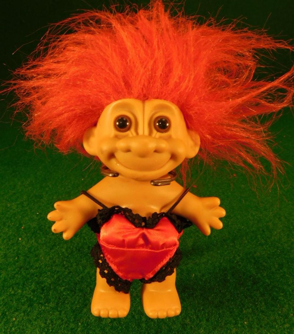 VINTAGE TROLL DOLL (YES, WE SHIP!)