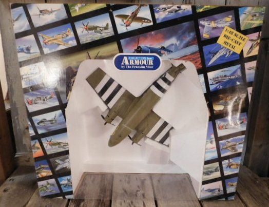 ARMOUR COLLECTION DIE CAST BY THE FRANKLIN MINT FIGHTER AIRPLANE (Yes, We Ship)