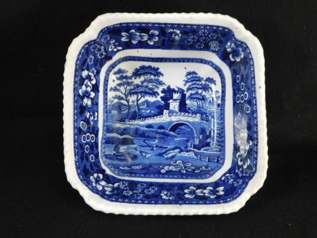 SPODES TOWER BLUE WHITE VINTAGE TRANSFERWARE PLATTER