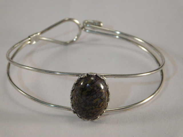 CABOCHON BRACELET (Yes, We Ship)