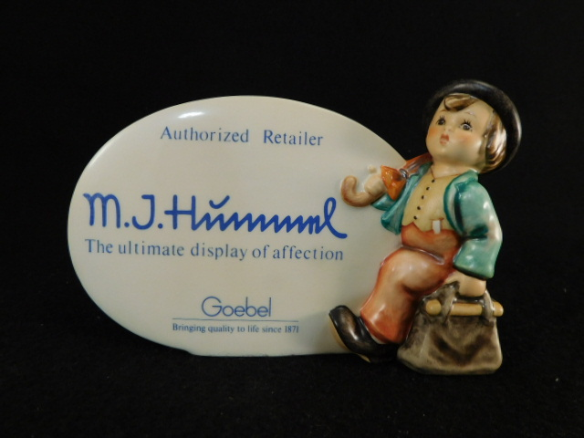 HUMMEL GOEBEL BERTA M.I. FIGURINE DISPLAY PLAQUE (Yes, We Ship)