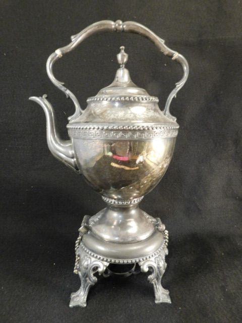 REED AND BARTON SILVER FORMAL TEA COFFEE POT 1790 ORNATE