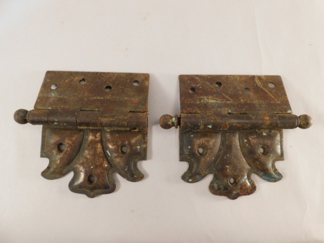 VINTAGE HINGES ANTIQUE HARDWARE