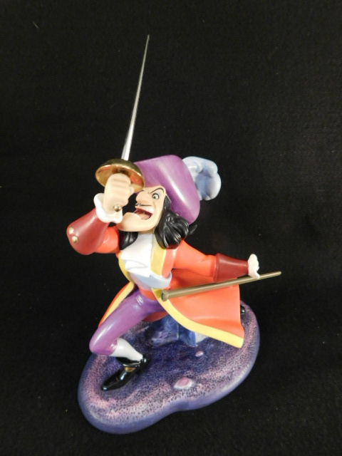 WDCC WALT DISNEY COLLECTORS CLUB PETER PAN CAPTAIN HOOK IVE GOT YOU THIS TIME