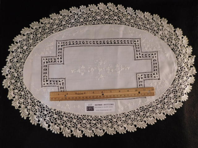 VINTAGE DOILIES BOBBIN LACE HAND MADE QUALITY LINENS SET OF 2 (Yes, We Ship)