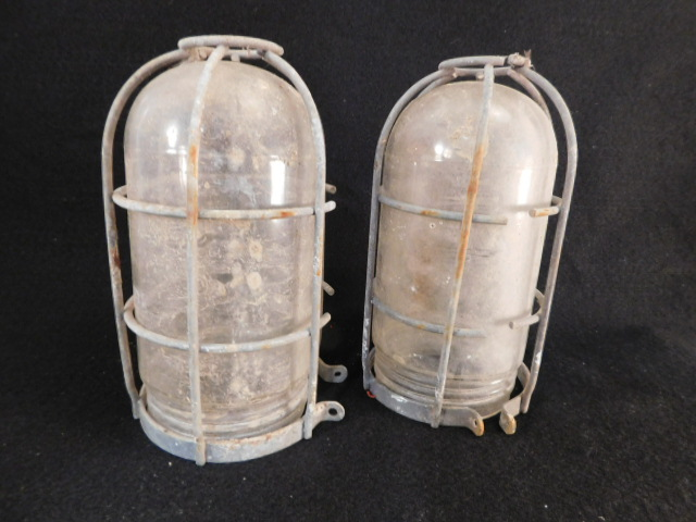 INDUSTRIAL VINTAGE EXPLOSION PROTECTED LIGHT FIXTURES FACTORY (Yes, We Ship)