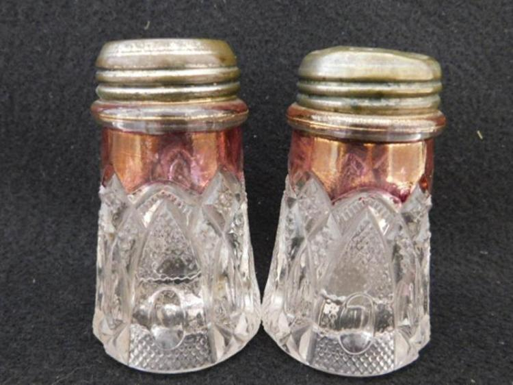 CRANBERRY SALT PEPPER HOLDER MAIDENS BLUSH BENT BUCKLE GLASS VICTORIAN EAPG (Yes, We Ship)