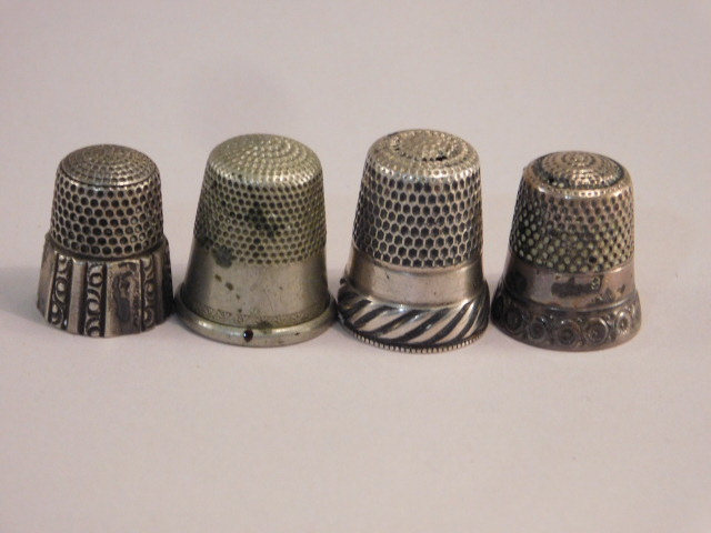 THIMBLES SEWING COLLECTIBLE VICTORIAN ERA ANTIQUE VINTAGE (Yes, We Ship)