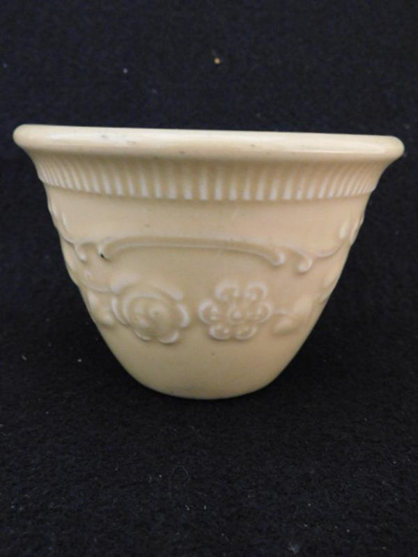 YELLOW WARE TINY CROCK BOWL ANTIQUE VINTAGE (Yes, We Ship)