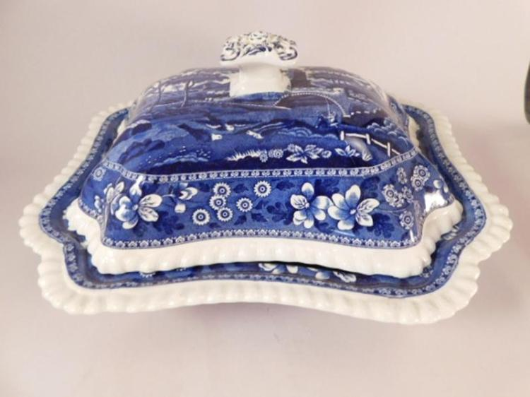 SPODES TOWER BLUE WHITE VINTAGE COPELAND ENGLAND TRANSFERWARE COVERED DISH (Yes, We Ship)
