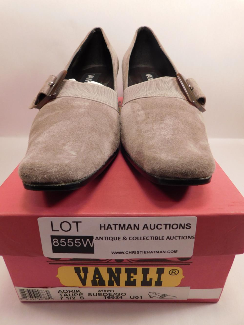 VANELI TAUPE SUEDE SIZE 7 1/2 S WOMENS DRESS SHOE