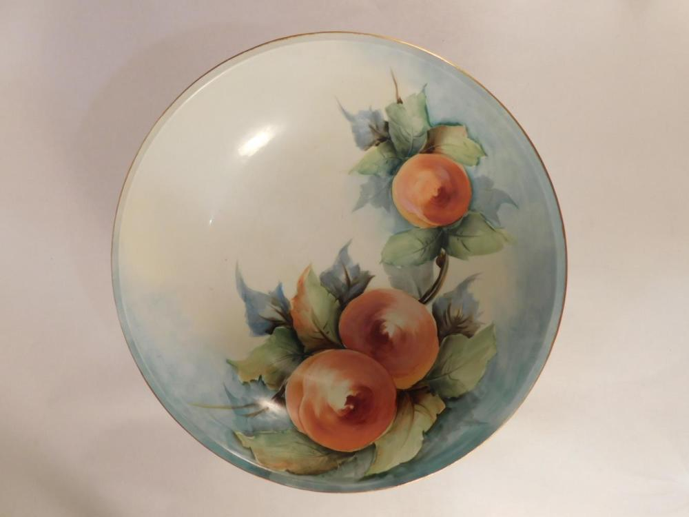 COLLECTOR PLATE K LESTER ANTIQUES AND COLLECTIBLES