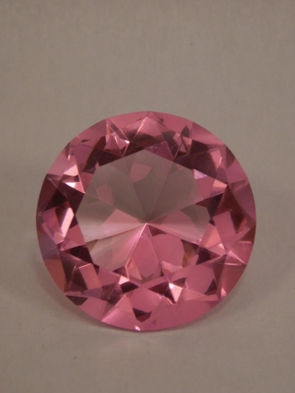 PINK CRYSTAL DISPLAY DIAMOND