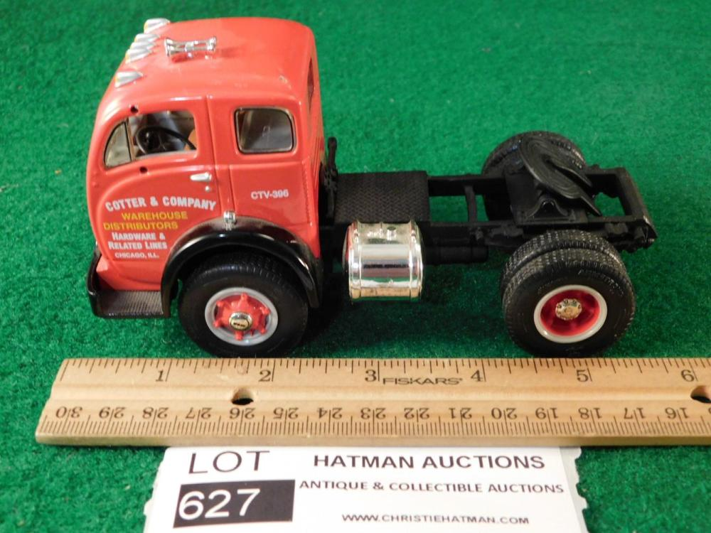 COTTER AND COMPANY WAREHOUSE DISTRIBUTORS DIECAST TRUCK ANTIQUES AND COLLECTIBLES