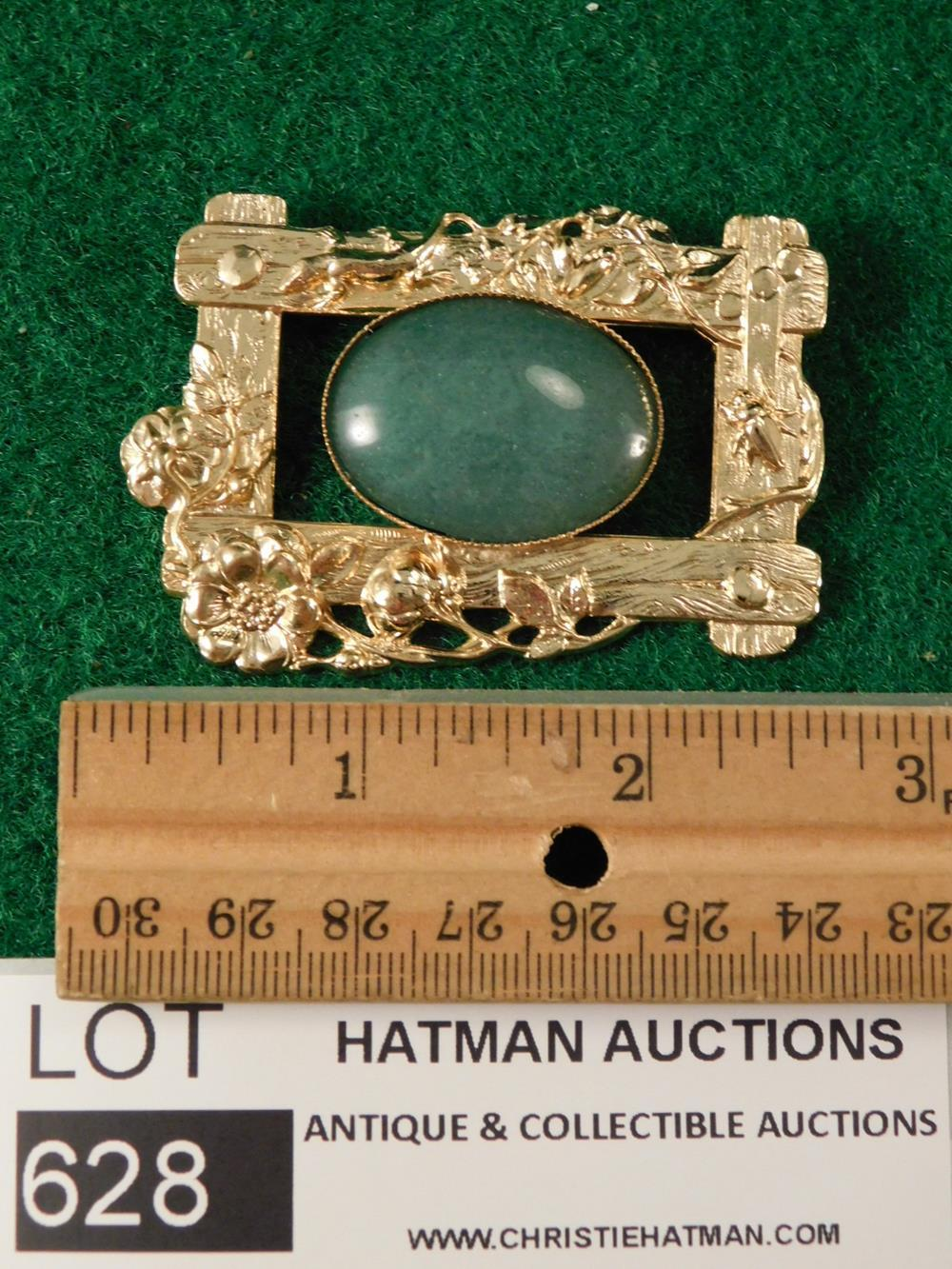 JADE CABOCHON PENDANT ANTIQUES AND COLLECTIBLES
