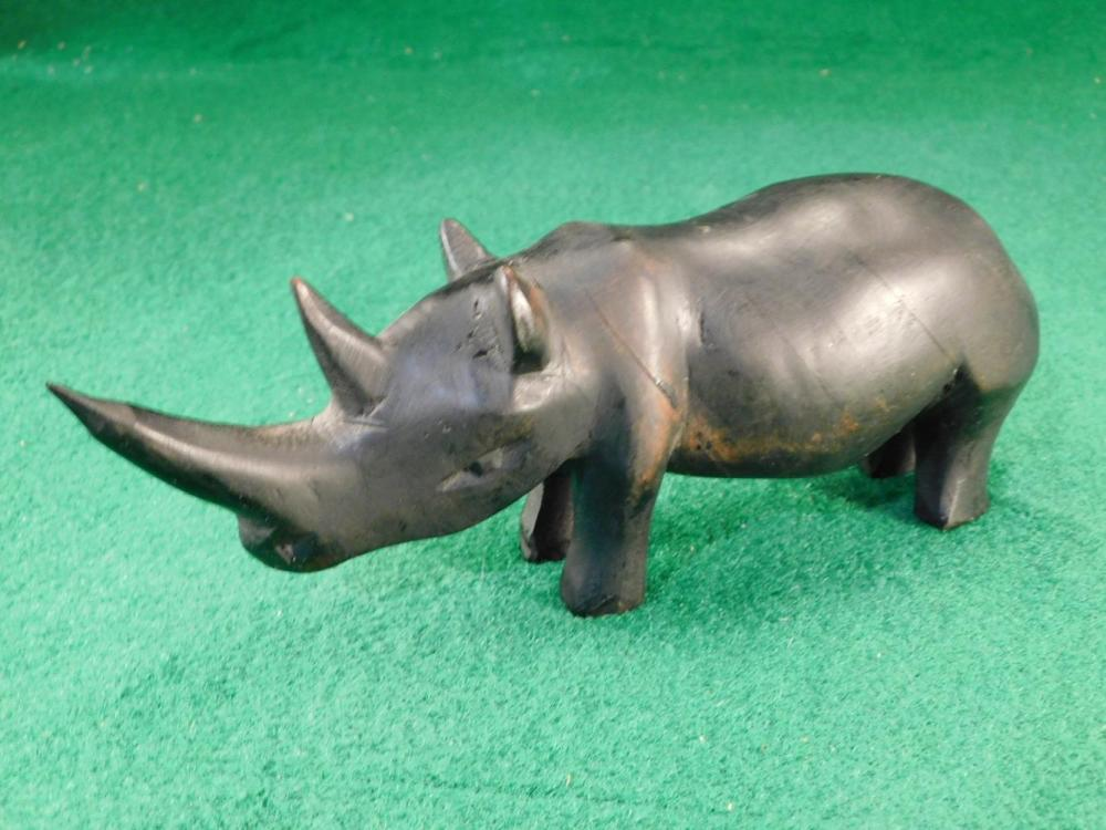 RHINO FIGURINE ANTIQUES AND COLLECTIBLES