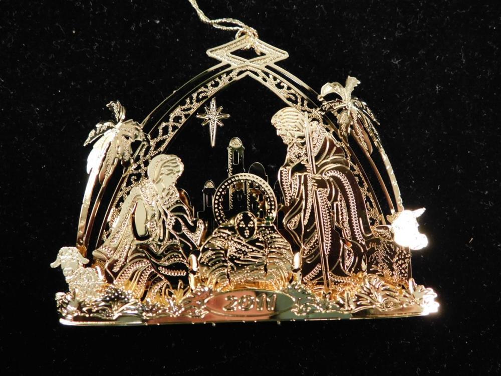 DANBURY MINT CHRISTMAS ORNAMENT