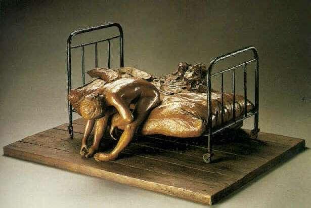 DARIO MORALES THE BED