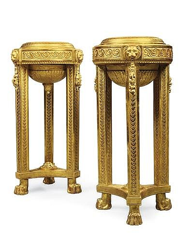 A PAIR OF DANISH GILTWOOD 'GOUT GREC' ATHENIENNES