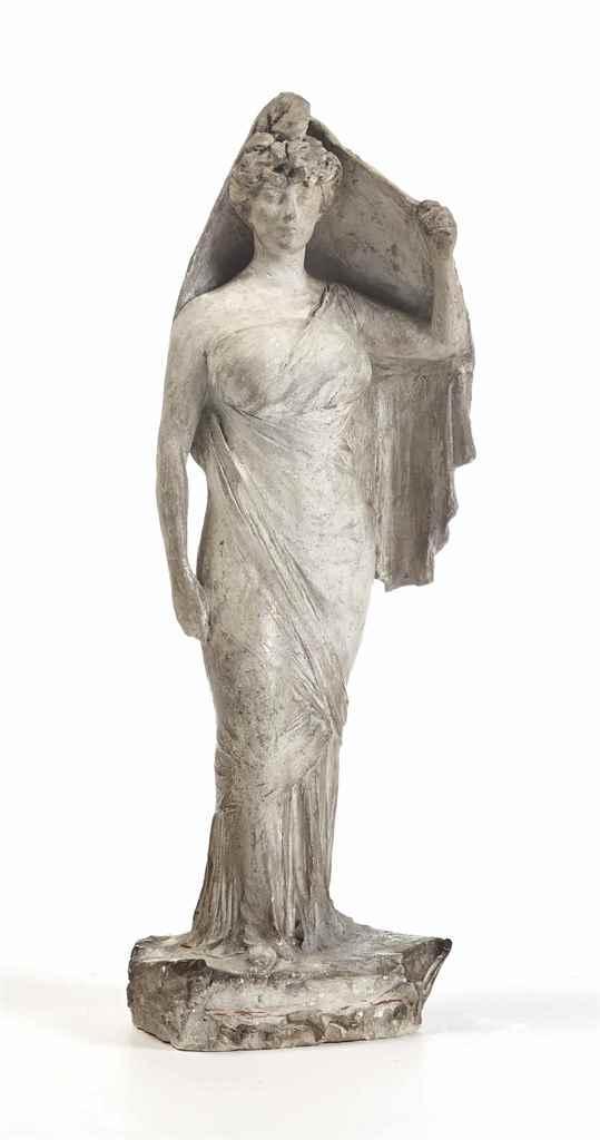 PERSONNAGE DRAPÉ FEMININ, VERS 1900