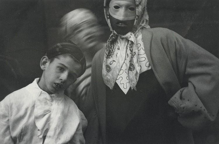SAUL LEITER (B. 1923)
