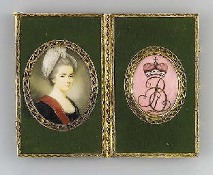 A LOUIS XV GOLD-MOUNTED LACQUER NOTEBOOK SET WITH MINIATURES