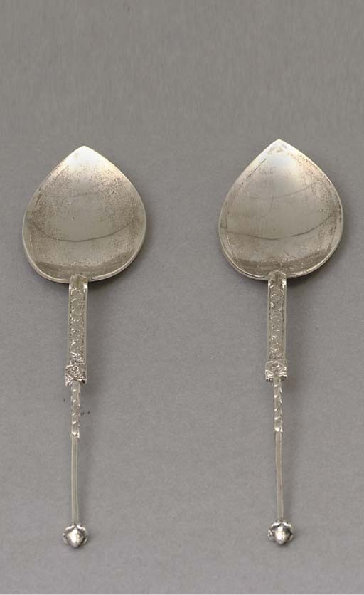 <B>ALEXANDER RITCHIE; PAIR OF SPOONS</B>