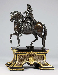 A BRONZE EQUESTRIAN GROUP OF LOUIS XIV, SET ON AN ORMOLU-MOUNTED EBONY-VENEERED BOULLE MARQUETRY BASE