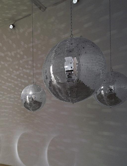 Universal Mirror Balls