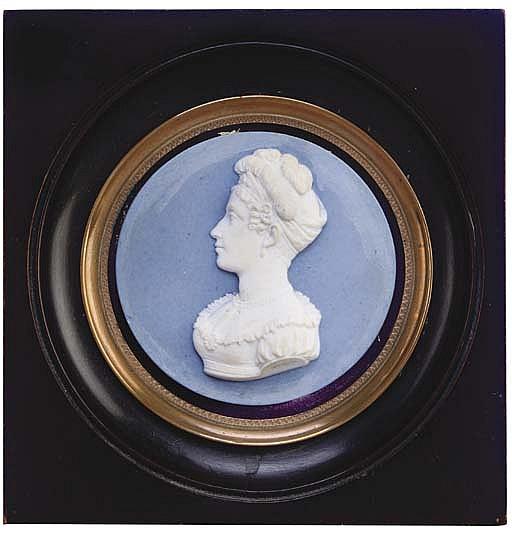 A SEVRES BLUE AND WHITE CIRCULAR BISCUIT PORCELAIN PORTRAIT PLAQUE OF MARIE CAROLINE, DUCHESSE DE BERRY, (1798-1870)
