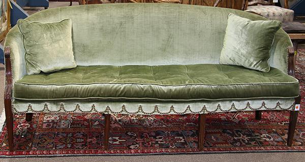 Regency settee having green velvet tufted upholstery with b for Button tufted velvet chaise settee green