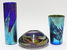 (lot of 3) Art glass group