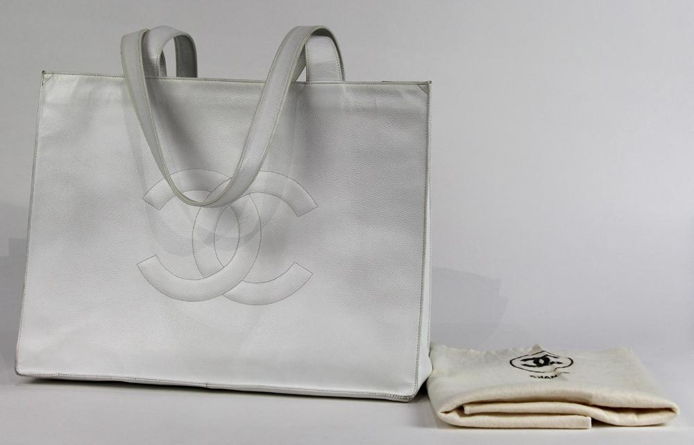 7563cd3a7f41 Chanel large shopping tote shoulder bag 41cm, executed in white calf leather  with large front