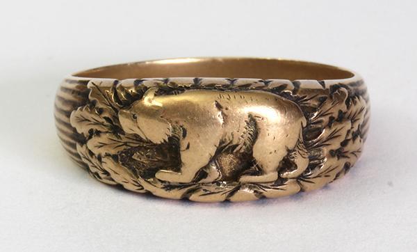 14k yellow gold Bear ring