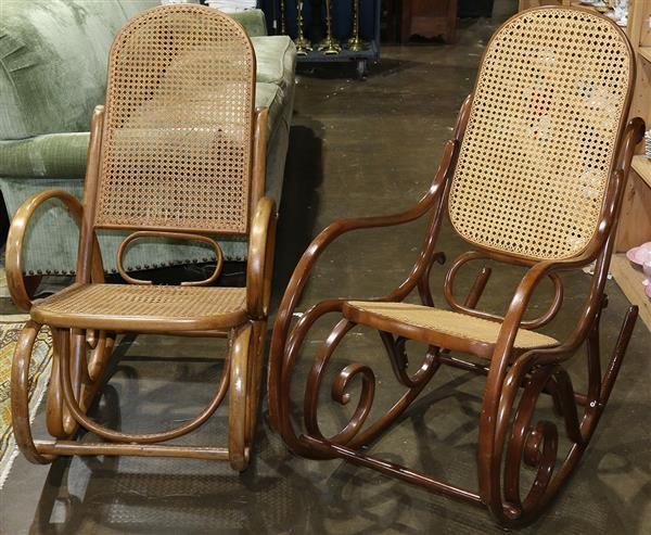 (lot of 2) Thonet style bentwood rocking chairs, 39
