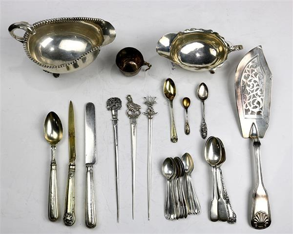 English sterling silver assembled table articles and flatware group