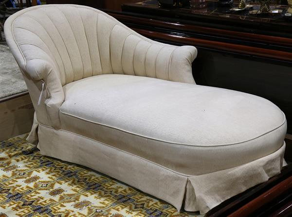 Hollywood Regency style upholstered recamier
