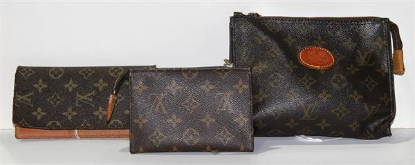 (lot of 3) Louis Vuitton accessory group, consisting of a wallet or address book, together with two zippered pouches, largest: 8