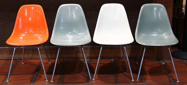 (Lot of 4) Herman Miller shell chairs