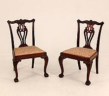 PAIR OF CHIPPENDALE STYLE MAHOGANY SIDE CHAIRS