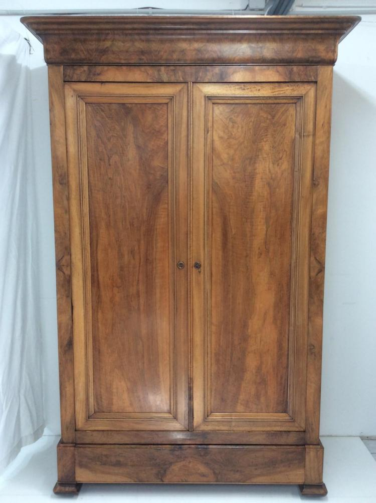 LOUIS PHILIPPE HIGHLY FIGURES WALNUT ARMOIRE