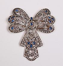 18K GOLD DIAMOND AND SAPPHIRE BROOCH
