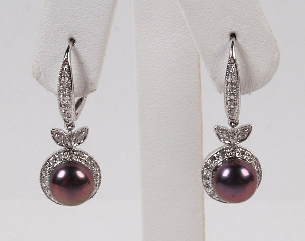 PAIR OF 14K WHITE GOLD DIAMOND AND SOUTH SEA PEARL DROP EARRINGS