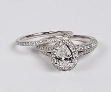14K WHITE GOLD 2 PIECE PEAR SHAPED DIAMOND BRIDAL SET