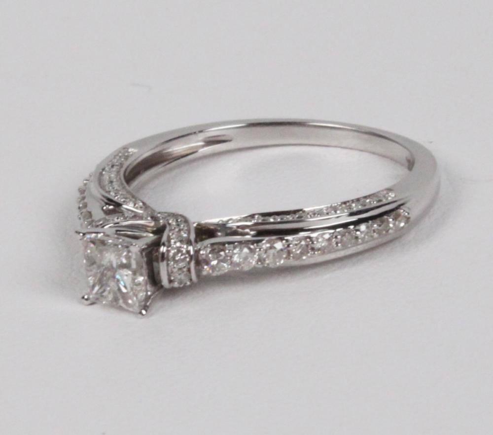 Lot 234: 14K WHITE GOLD DIAMOND BRIDAL RING