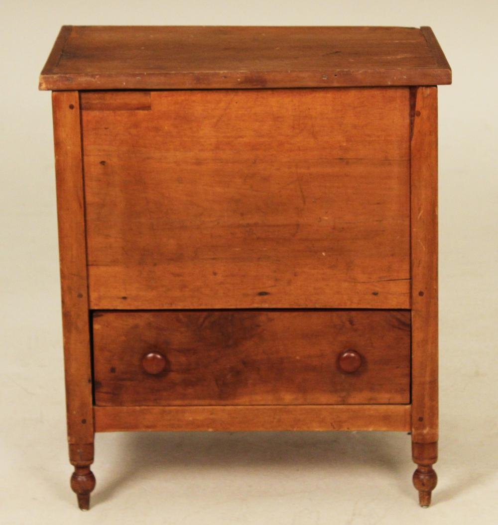 Lot 123: SOUTHERN CHERRY LIFT TOP SUGAR CHEST