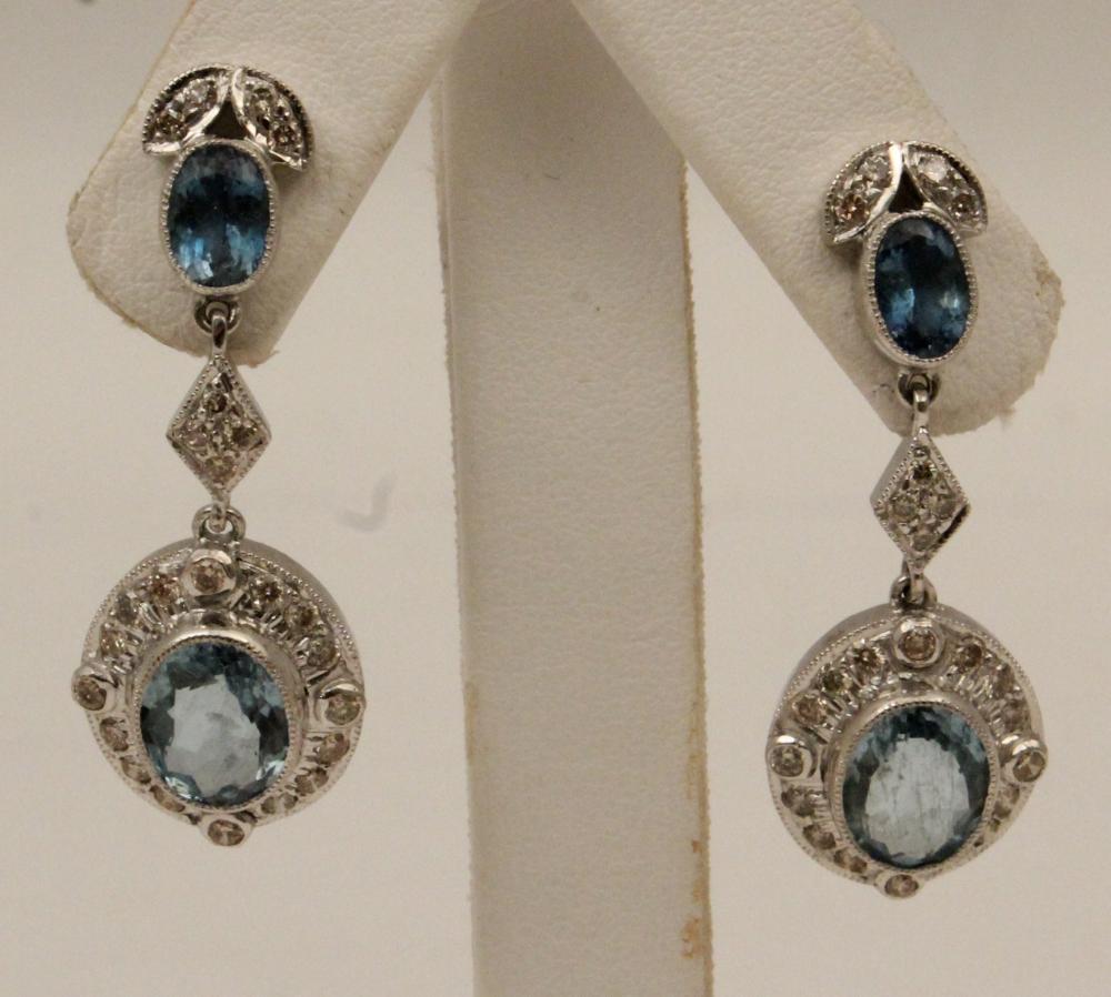 Lot 207: PR. 18K DIAMOND AND AQUAMARINE EARRINGS