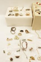 Lot 317: TRAY LOT OF COSTUME JEWELRY